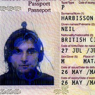 neil pasaporte