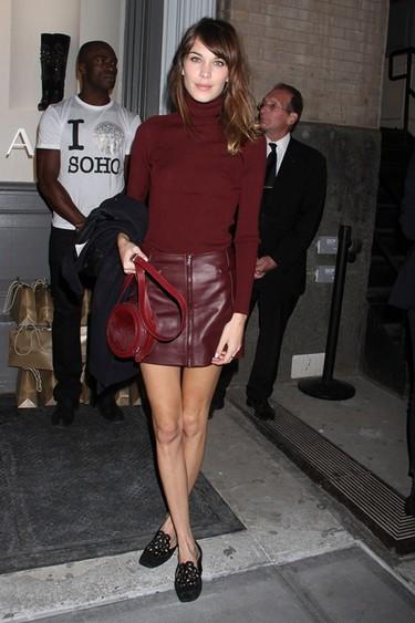 Versace abre en el Soho de Nueva York y las famosas se enfundan en cuero