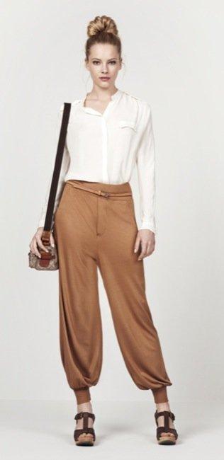 Zara, nuevo lookbook para el Verano 2010: pantalones harem