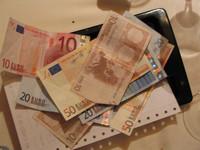 Aclaración de la DGT sobre algunos gastos deducibles en la actividad económica