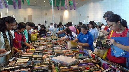 ¿Sabes cómo encontrar libros de texto usados a buen precio?