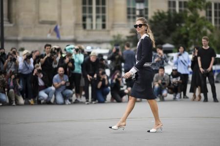 Clonados y pillados: los mules de Chanel que mutaron en Uterqüe