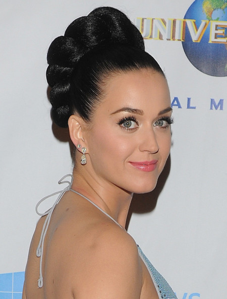 Formal Katy Perry Grammy 2014