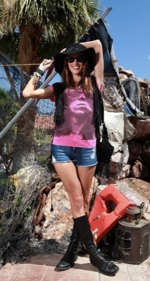 Alessandra Ambrosio sombrero de moda