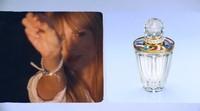 La mejor promoción para el perfume de Taylor Swift es ella misma