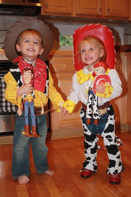 Ideas De Trajes Para Gemelos En Halloween 2014 Woody Y Jesse