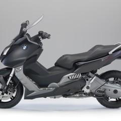 Foto 21 de 29 de la galería bmw-c-650-gt-y-bmw-c-600-sport-estaticas en Motorpasion Moto