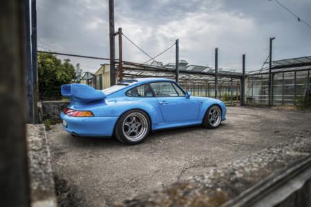 ¿Tiene sentido pagar 1.8 millones de libras por un Porsche 911 GT2 de 1995?