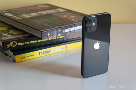 El iPhone 12 Pro Max vende casi 8 veces más que el iPhone 12 mini en su primera semana en EEUU, según Flurry