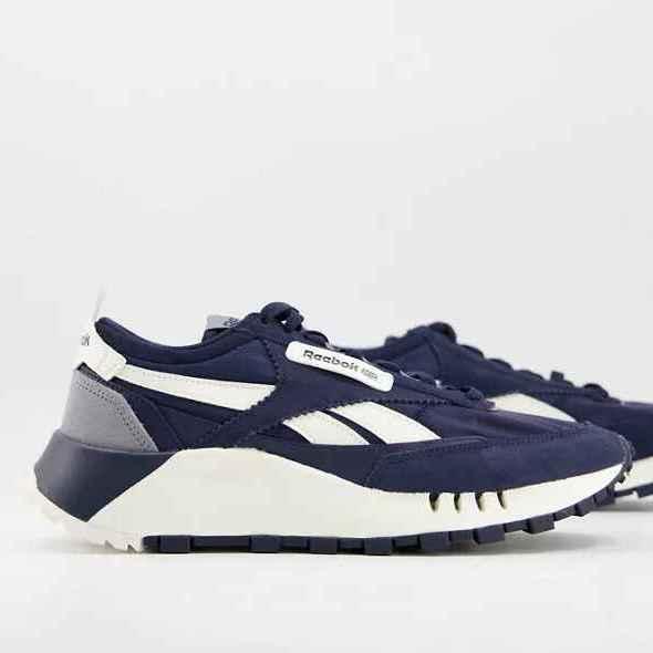 Zapatillas de deporte azules marino Legacy de Reebok Classics