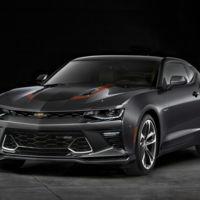 Chevrolet Camaro 50 aniversario, tan oscuro como tus intenciones con él en el circuito