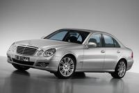 Mercedes-Benz E 300 Bluetec y E 350 CGI, más por menos