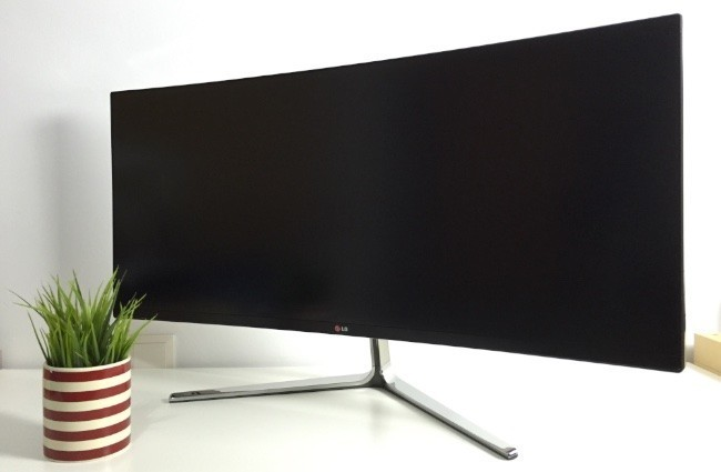 Monitor Ultrapanoramico