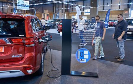 El Salón del Vehículo de Ocasión de Madrid ya ha abierto sus puertas, con protagonismo de coches eléctricos e híbridos