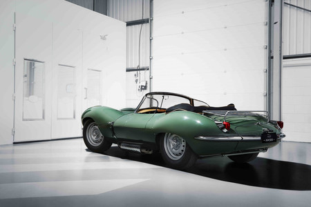 Jaguar XKSS Rear 3 4