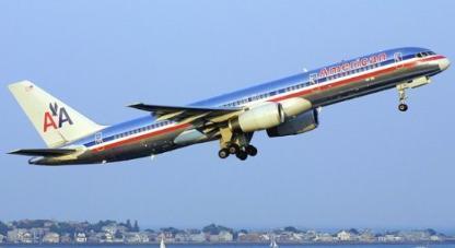 Las aerolíneas frente al precio del petróleo: Cobrar por las maletas