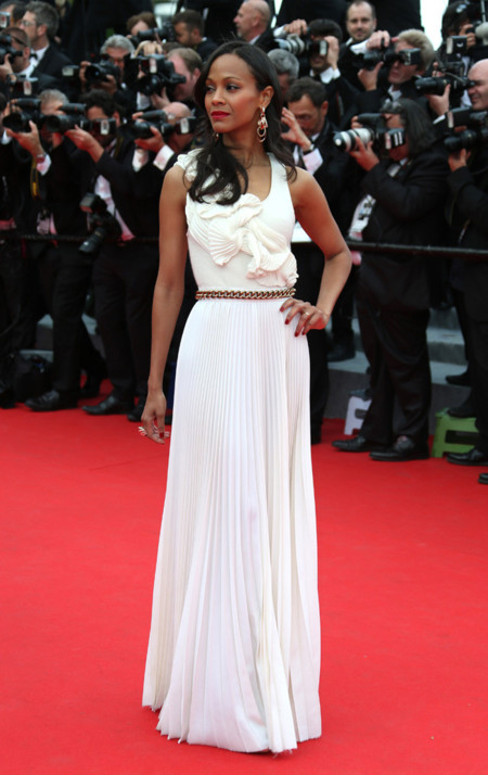 Zoe Saldana. La alfombra roja del Festival de Cannes (primer día)