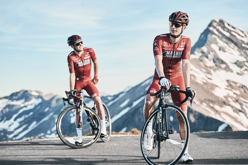 Una rutina de entrenamiento de fuerza en casa para ciclistas en época de cuarentena