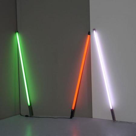 Los simples, decorativos y hermosos fluorescentes Fluortube Light de Seletti