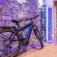 Bosch quiere llenar Europa de puntos de carga para bicicletas eléctricas, pero todavía no es más que un proyecto piloto