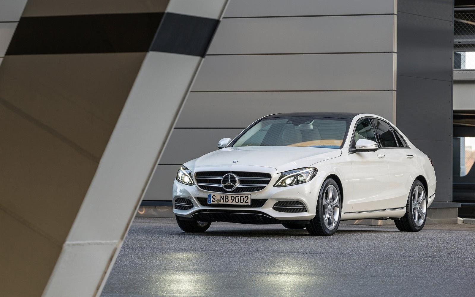 Mercedes benz clase c 2015 4 53 for Mercedes benz delaware