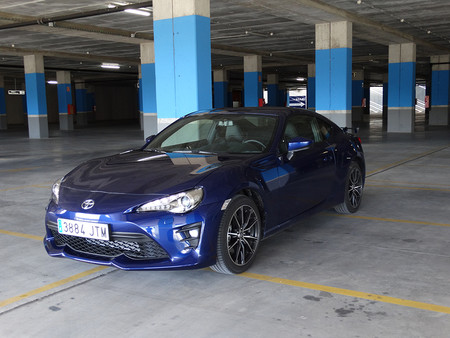Parking Prueba Toyota Gt86 Exteriores