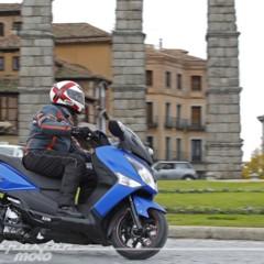 Foto 30 de 39 de la galería sym-joymax300i-sport-presentacion en Motorpasion Moto