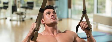 Entrenamiento abdominal en suspensión: tres ejercicios avanzados con TRX