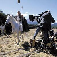 La mareante economía de la serie de 'El Señor de los Anillos': 387 millones de euros para una temporada