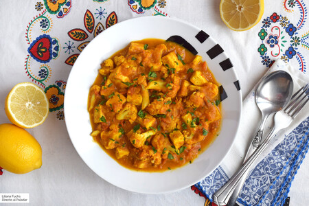 Tofu con coliflor en salsa de curry