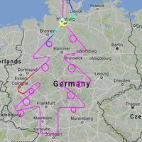 La ruta de un avión traza en el cielo un árbol de Navidad para felicitar las fiestas