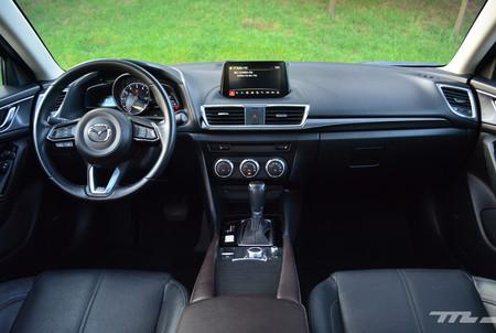 Mazda 3 Vs Volkswagen Jetta Vs Kia Forte 25