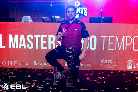 Foto By Gabriel Jimenez Killdreamst Mvp By Movistar Esl Masters Csgo