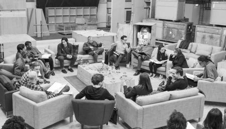 star-wars-episode-7-cast-announce_(1).jpg