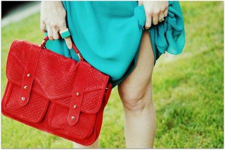 satchel rojo