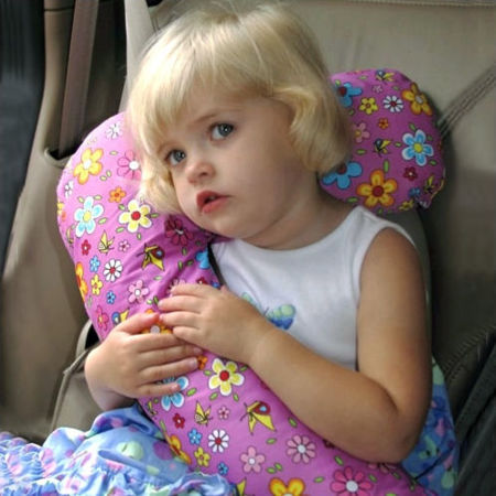 Ingeniosa almohada para el coche