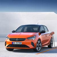 El Opel Corsa ahora es también eléctrico, anuncia 330 km de autonomía y añade nuevo apellido: Corsa-e