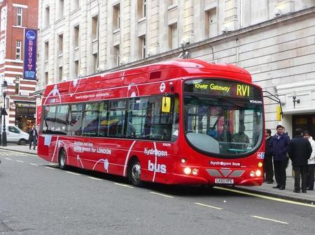 La flota de autobuses a hidrogeno de Londres se para durante las Olimpiadas