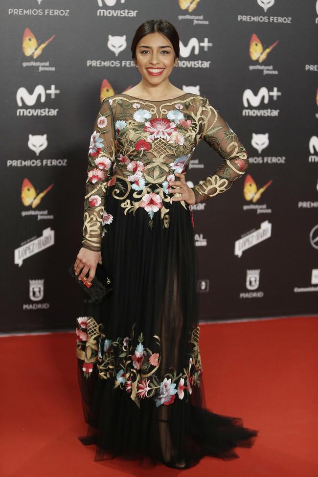 premios feroz alfombra roja look estilismo outfit Adriana Paz