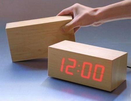 to:ca madera y mira la hora