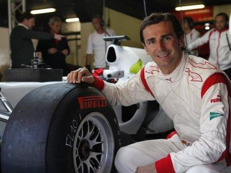 Pedro de la Rosa será piloto de HRT F1 Team en el 2012