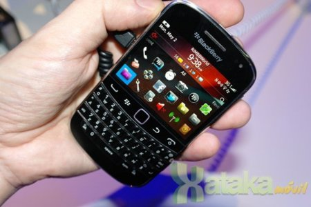 Se filtra un vídeo donde muestran la BlackBerry 9930