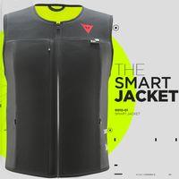 La Dainese Smart Jacket es un airbag para moto con tecnología de MotoGP y un precio de 599,95 euros