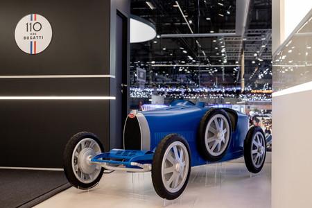 Este Bugatti Type 35 Baby II es un coche eléctrico de juguete con aspecto retro y un precio de 30.000 euros