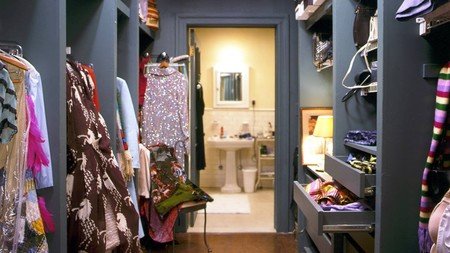 Carrie Bradshaw Apartment Decor Closet
