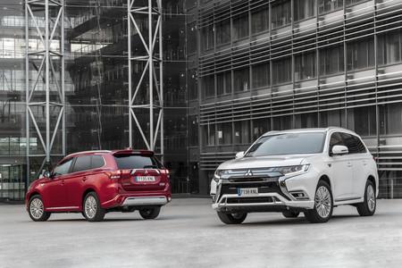 Mitsubishi Outlander PHEV 2019 versiones