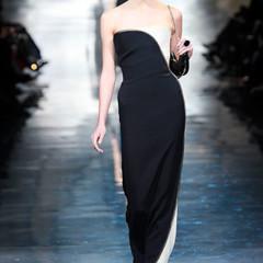 Foto 12 de 16 de la galería armani-prive-alta-costura-primavera-verano-2010-vestidos-de-noche-inspirados-en-la-luna en Trendencias