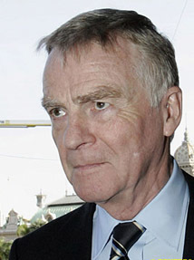 Max Mosley seguirá siendo Presidente de la FIA