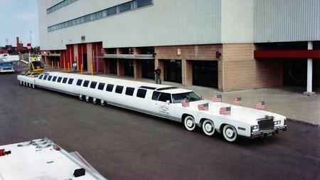 El coche más largo del mundo, o un sueño americano de 100 pies que lucha por superar el abandono