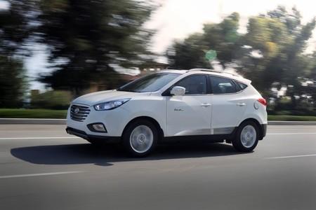 150 millones de euros para pagar 100 hidrogeneras que respalden a 50.000 coches a hidrógeno, ¿será suficiente?